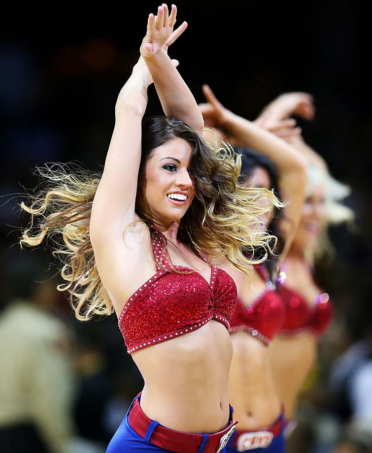 Cleveland Cavaliers cheerleaders perform during Game 4.