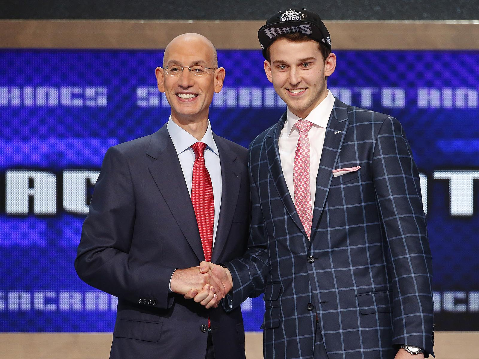 The ex-Blue guard, Stauskas shows a little European flair with this appropriately colored, London-inspired windowpane suit.