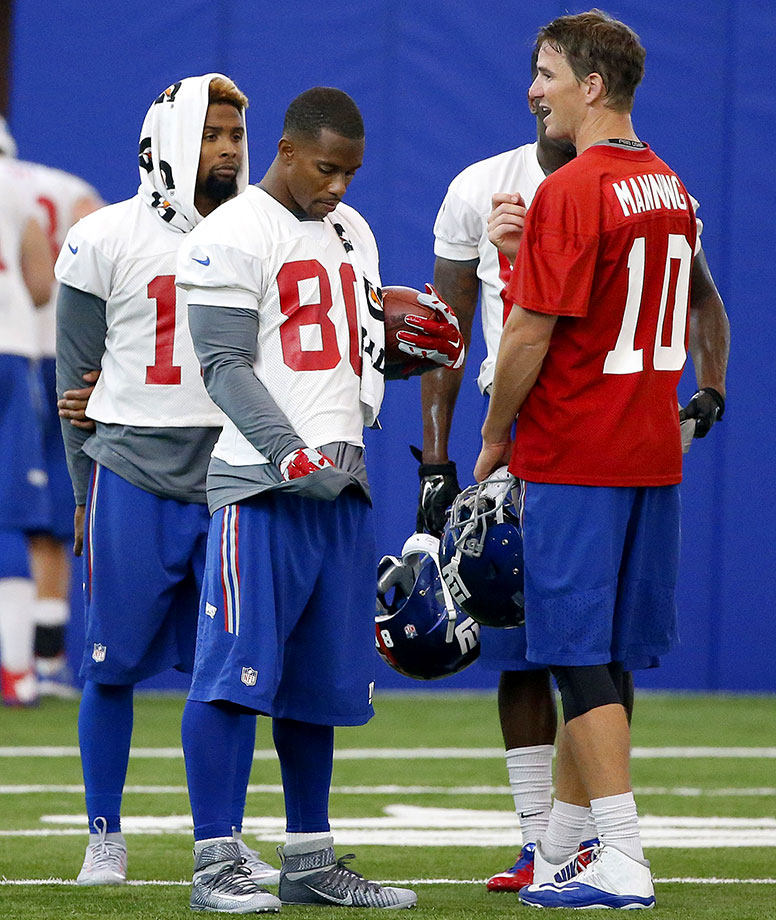 For the start of the 2014 season, Eli Manning only had Victor Cruz, sophomore Rueben Randle and two bad-hands running backs in Rashad Jennings and Andre Williams to throw to, with Hakeem Nicks and Brandon Myers gone. Then Odell Beckham Jr. got healthy, and Larry Donnell emerged as a decent tight end. Once Cruz (knee) is healthy, Manning will have a ton of pass-catching tools, including tailback Shane Vereen. They'll need to score a lot – in order to make up for a Giants defense that gave up the fourth-most yards from scrimmage last year.