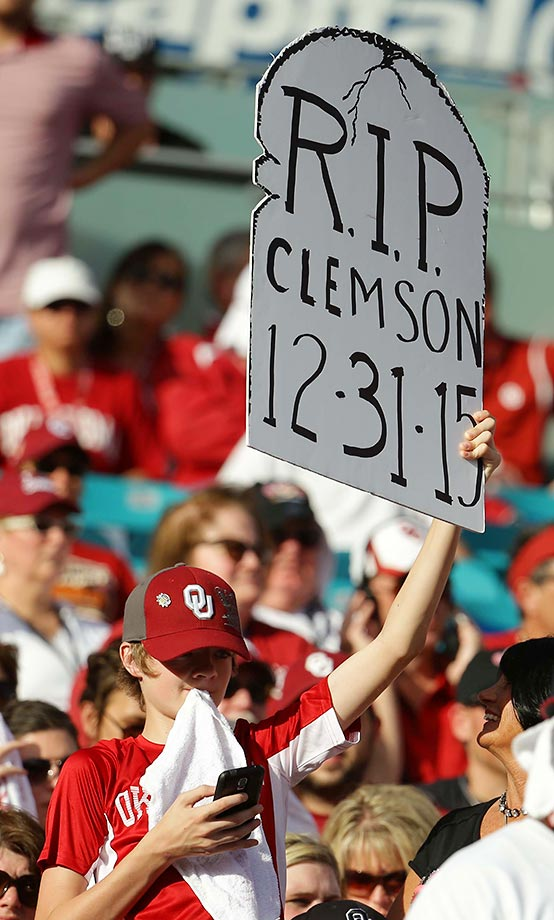 This Oklahoma fan at the Orange Bowl was wrong.