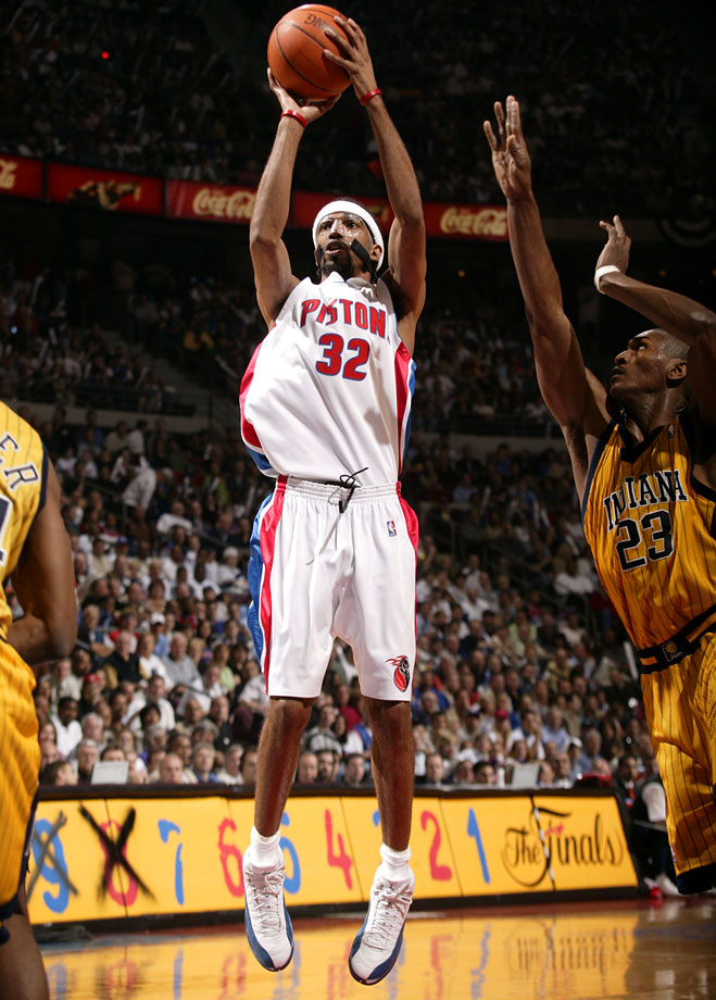 Richard Hamilton, who announced his retirement on Feb. 26, was the leading scorer on both an NCAA Champion — UConn in 1999 — and an NBA title-winner — the Detroit Pistons in 2004. Hamilton played for three teams over a 14-year NBA career, posting a career average of 17.1 points per game. Beyond his play, Hamilton gained attention for the protective mask he began wearing in 2004 and donned for much of the rest of his career.