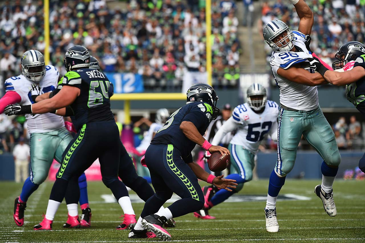 Russell Wilson was held to 138 yards of total offense in Seattle's home loss to Dallas.