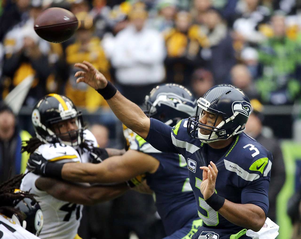 Russell Wilson and two other NFL quarterbacks have played a game on their birthdays during the 2015 season, leading us to wonder how successful has this year's entire crop of QBs been when flinging passes on the big day. Would you believe 10-3? Here's a recap. On the day that he turned 27, Wilson had his greatest game as a Seahawk, throwing a career-high five touchdown passes in a 39-30 win over the Pittsburgh Steelers.