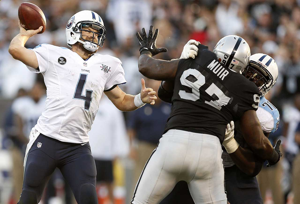 On the day that he turned 31, Ryan Fitzpatrick threw for 320 yards and two touchdowns as the Tennessee Titans edged Oakland 23-19. The decisive TD came on a 10-yard pass from Fitzpatrick to Kendall Wright with 10 seconds remaining.