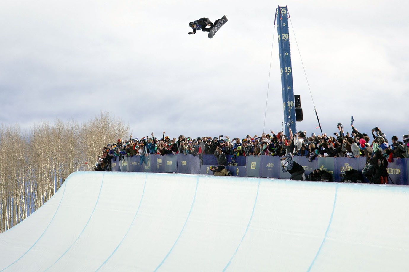 After a disappointing showing in the Slopestyle final, Shaun White asserts his dominance in the Superpipe. All three of his runs were nostalgic of Shaun's past success at the U.S. Open. This was his sixth Superpipe win at the competition.