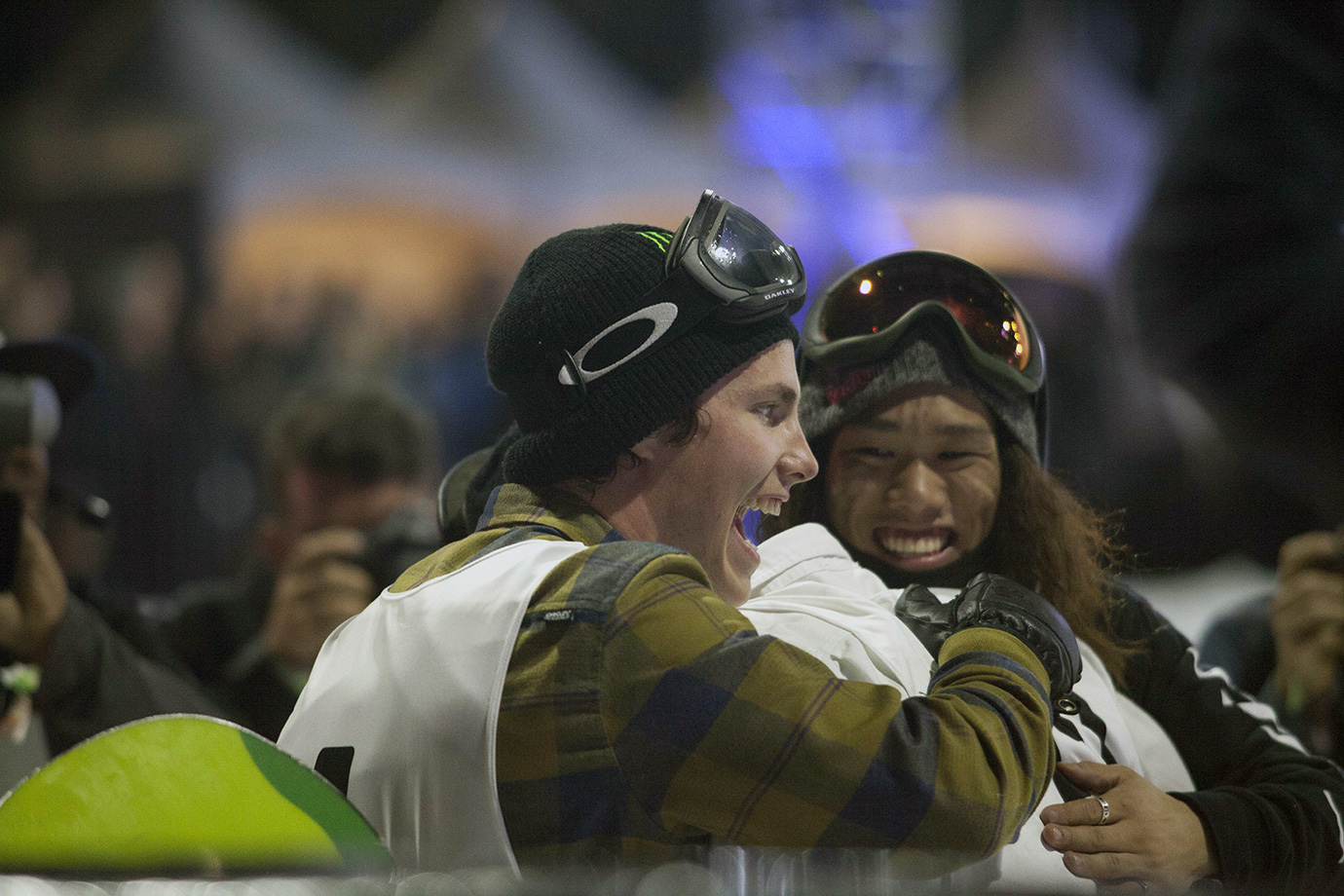 Thorgren and Kadono congratulate Mack after he reaches the bottom on his final run of the contest. The three riders made up the podium of Air+Style L.A.; Tonteri finished fourth.