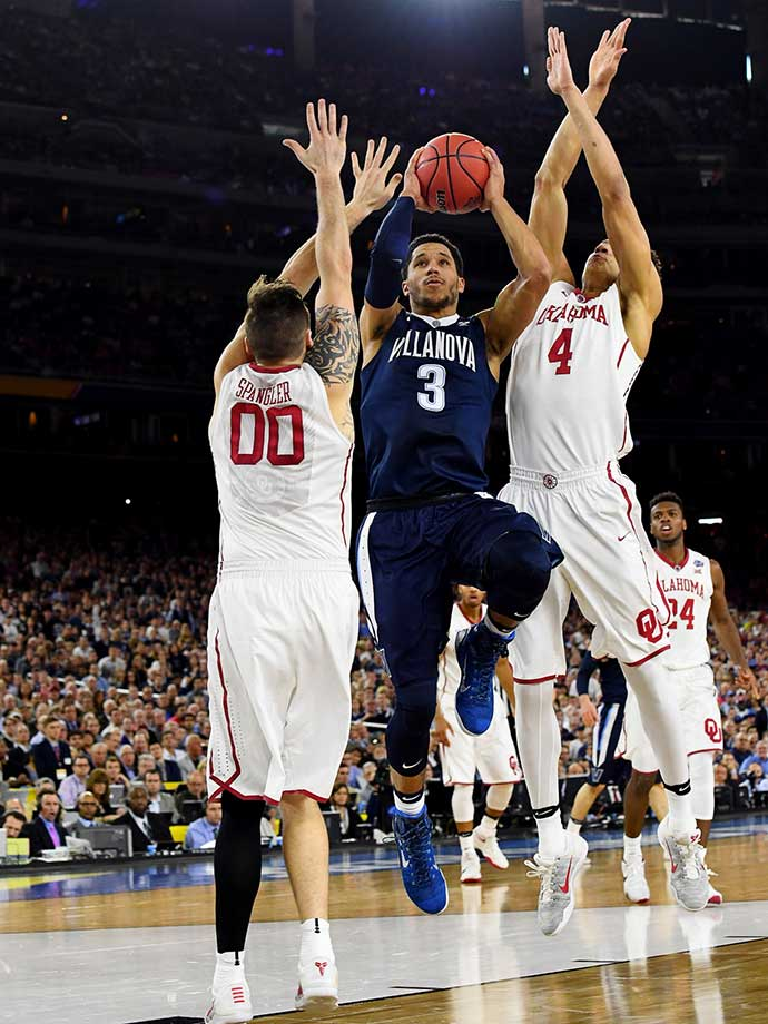 Josh Hart scored a game-high 23 points to help send Villanova to Monday's national championship game.