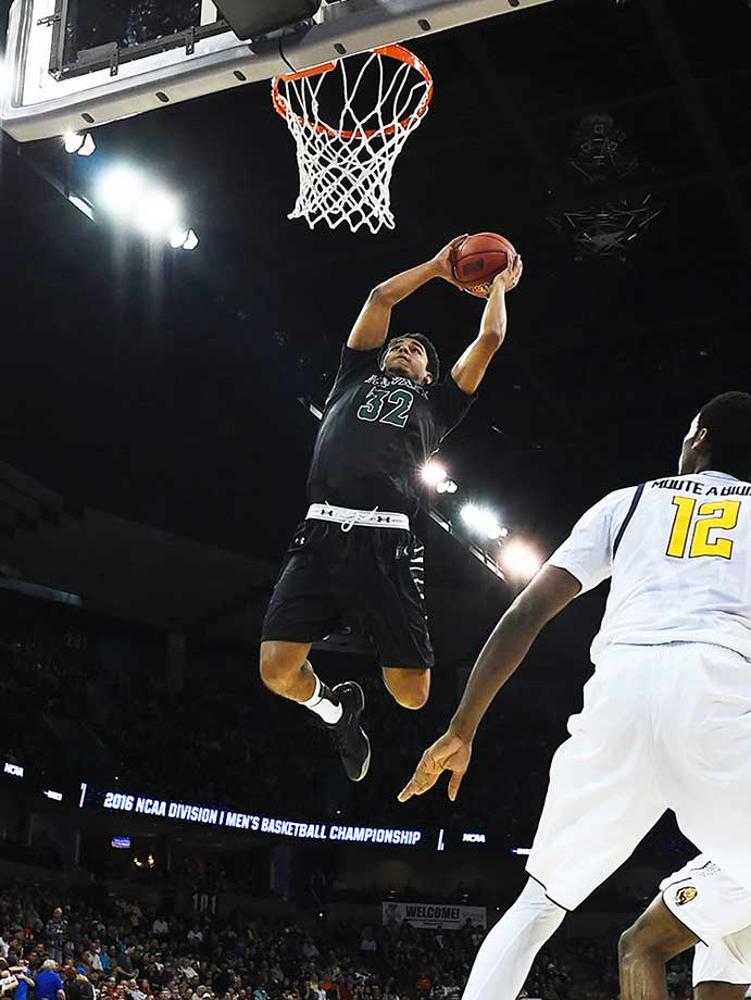 Aaron Valdes and the 13th seed Hawaii Warriors won the first NCAA tournament game in school history.