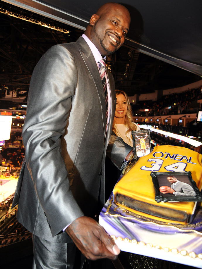 Shaquille O'Neal received a cake from the Lakers on the same night that they retired his jersey in April 2013.