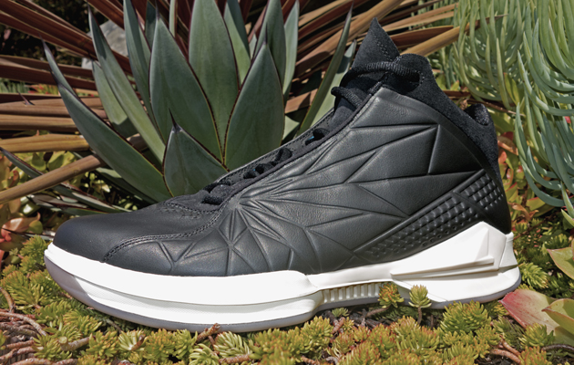 What Shoe Brand Does Blake Griffin Wear