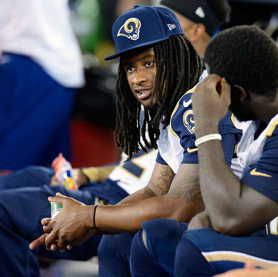 It's never a good sign when four of a team's nine draft picks are spent on offensive linemen – at least that's not a good sign for the immediate future. Rookie Todd Gurley (knee) might want to wait just a little longer before making his NFL debut, giving this O-line a chance to develop some chemistry.