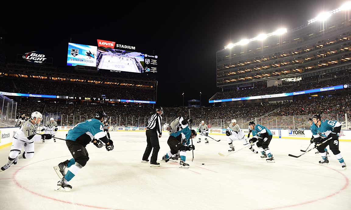 A crowd of 70,205 looked on in 57-degree weather as the puck dropped on a game that had playoff implications for both teams. (Neither would qualify.)