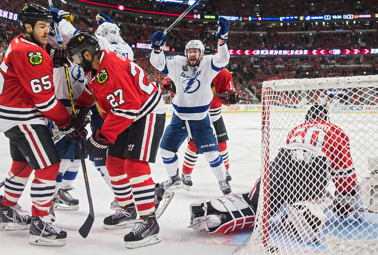 Players from the Lightning celebrate after Ondrej Palat (18) scored their second goal, a mere 13 seconds after Chicago had taken a 2-1 lead.