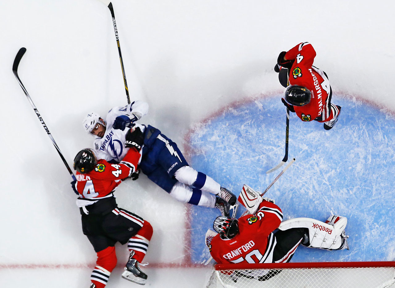 An overhead view of the action in Game 4.