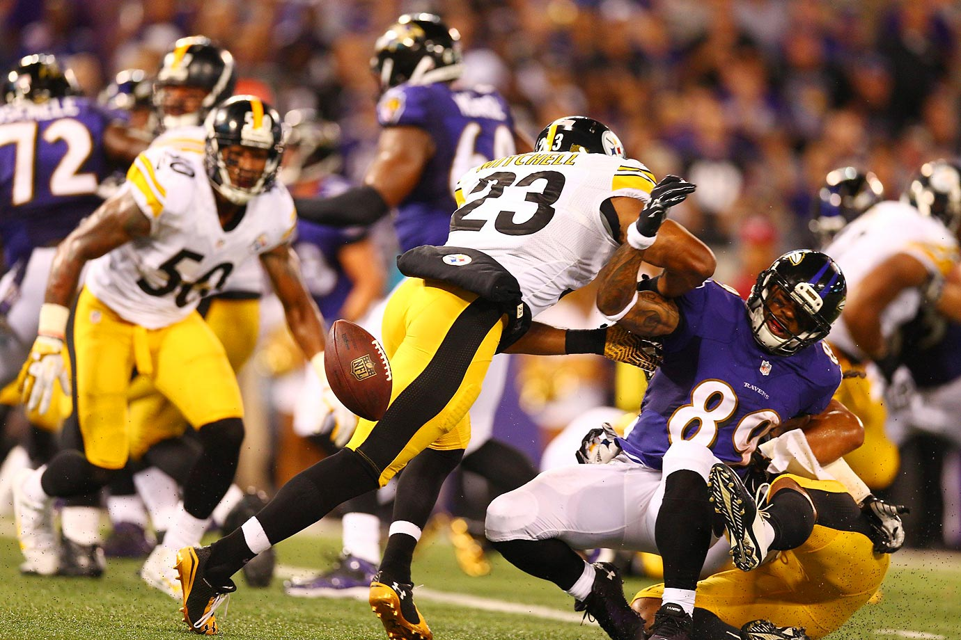 Steve Smith of the Baltimore Ravens wasn't able to hold on to this pass against the Steelers.