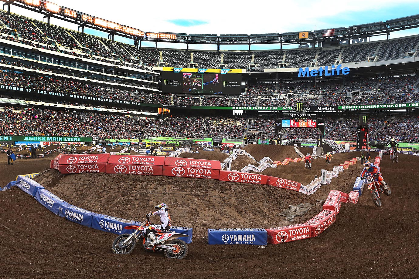 Dungey maneuvers his KTM bike in one of the turns.