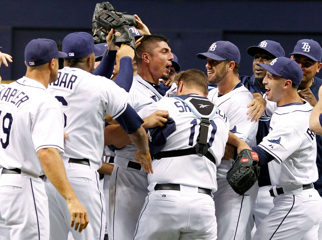 Garza pitched the first no-hitter in Tampa Bay Rays history, beating the Detroit Tigers 5-0. Garza faced the minimum 27 batters, allowing only a second-inning walk.