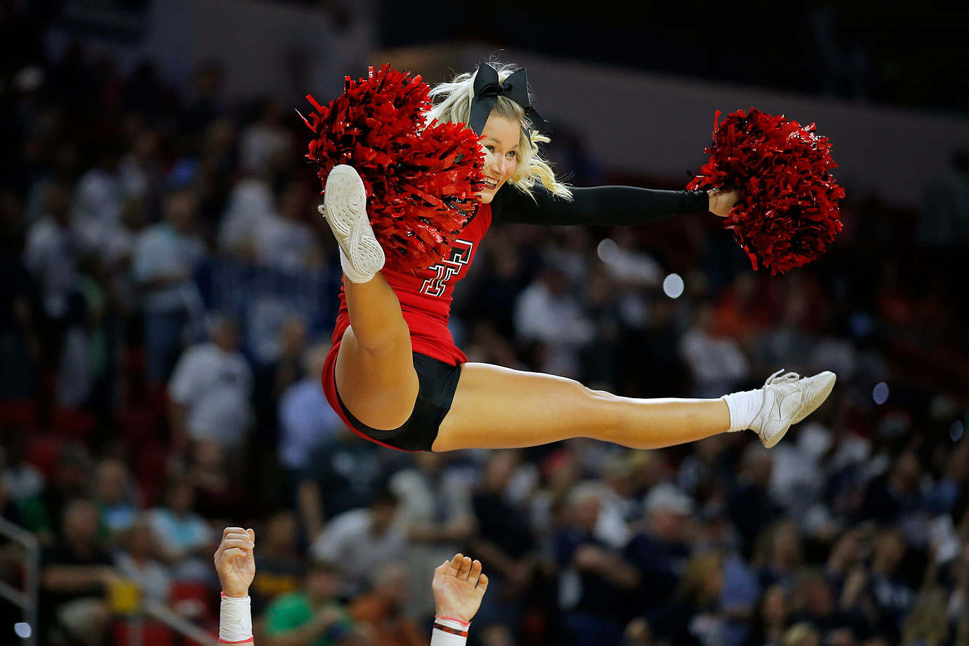 NCAA Tournament Cheerleaders: Midwest | SI.com