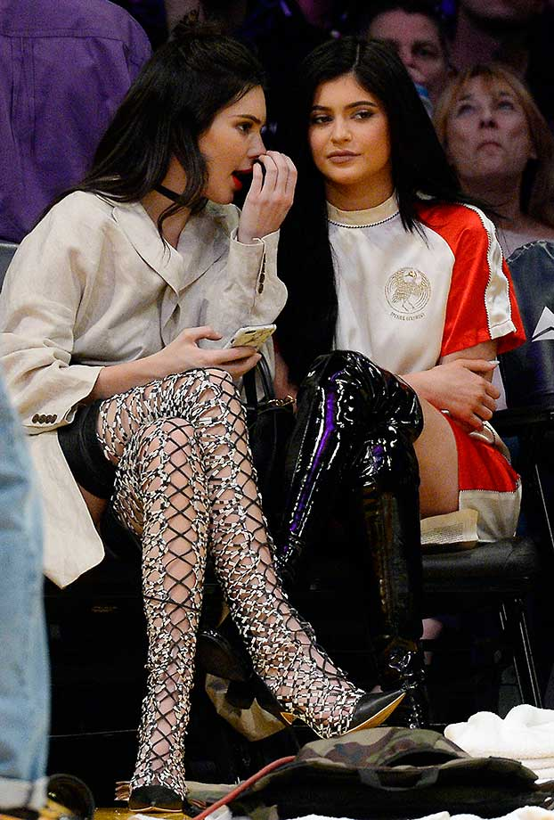 Kendall Jenner and sister Kylie attend the game between the Los Angeles Lakers and Sacramento Kings.