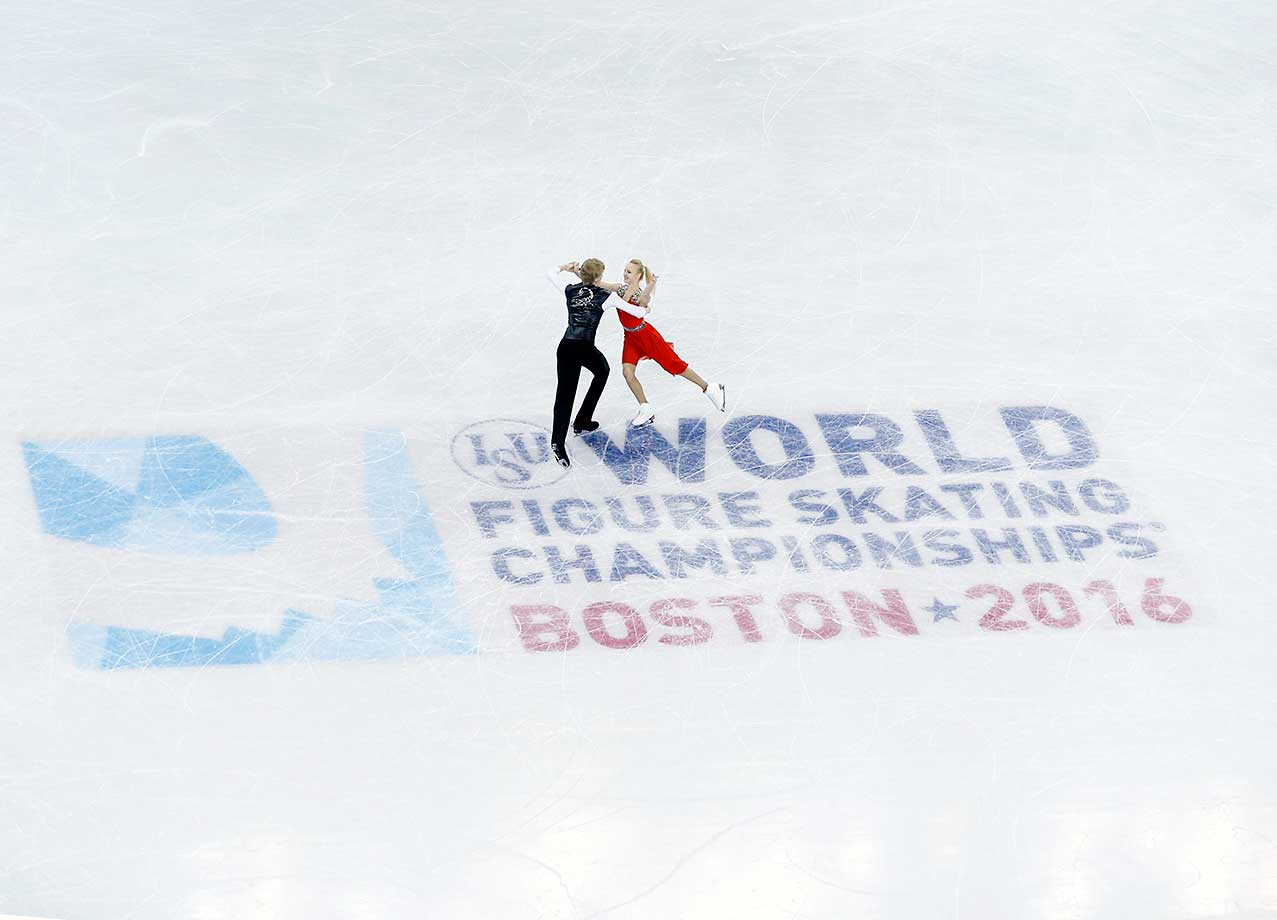 A pair practices for the 2016 ISU Ice Dancing World Championship at TD Garden in Boston.