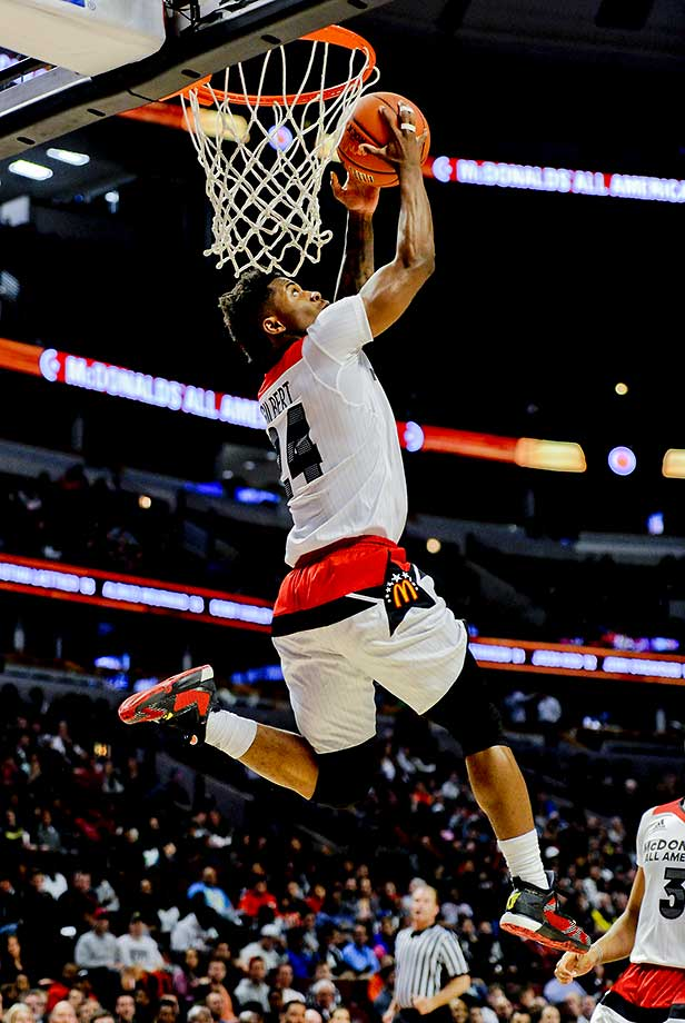 McDonald's All-American guard Alterique Gilbert dunks against the East team.