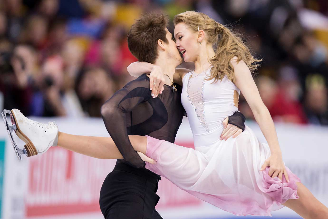 Alexandra Stepanova and Ivan Bukin of Russia perform their free dance.
