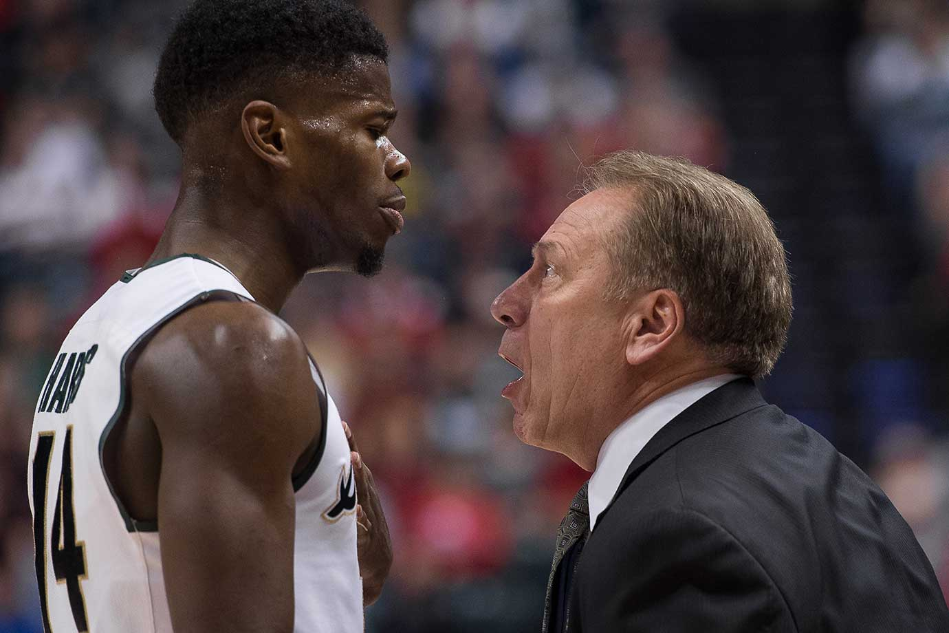 Michigan State Spartans head coach Tom Izzo gets in the face of guard Eron Harris.