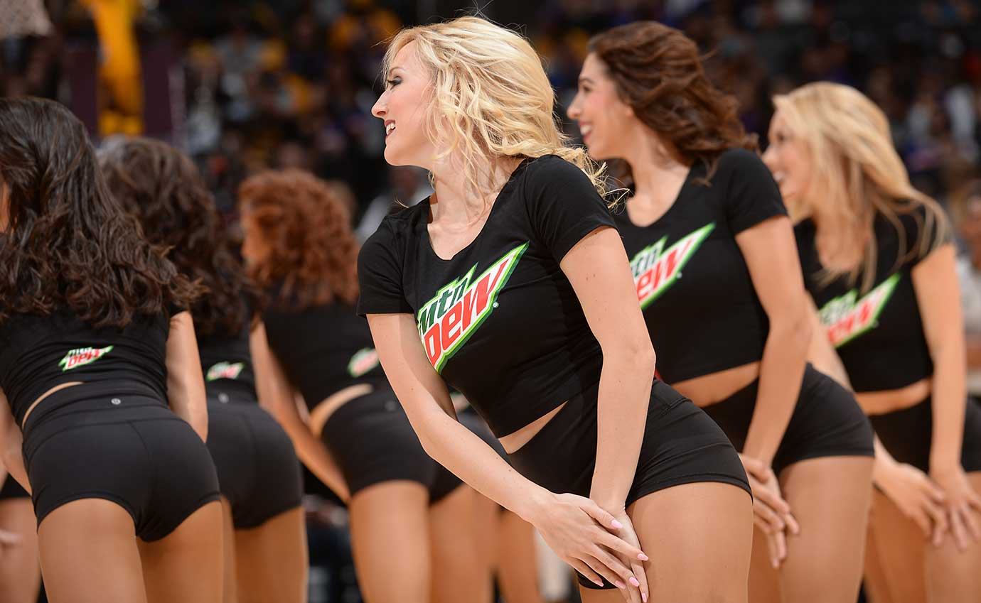 Dancers perform during the game between the New York Knicks and Los Angeles Lakers.