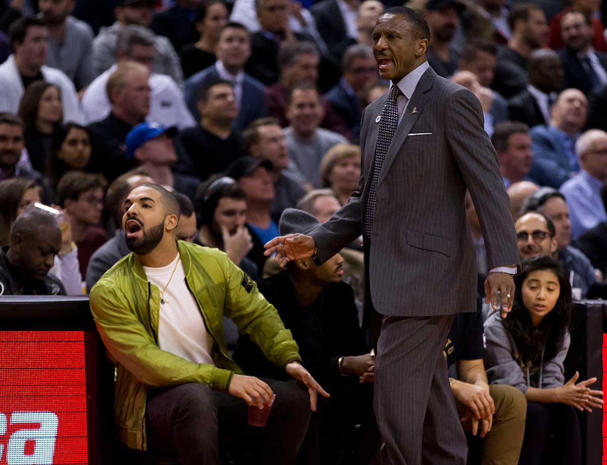 Rapper Drake and Toronto coach Dwayne Casey yell at the referee after a contentious foul in a game vs. the Chicago Bulls.