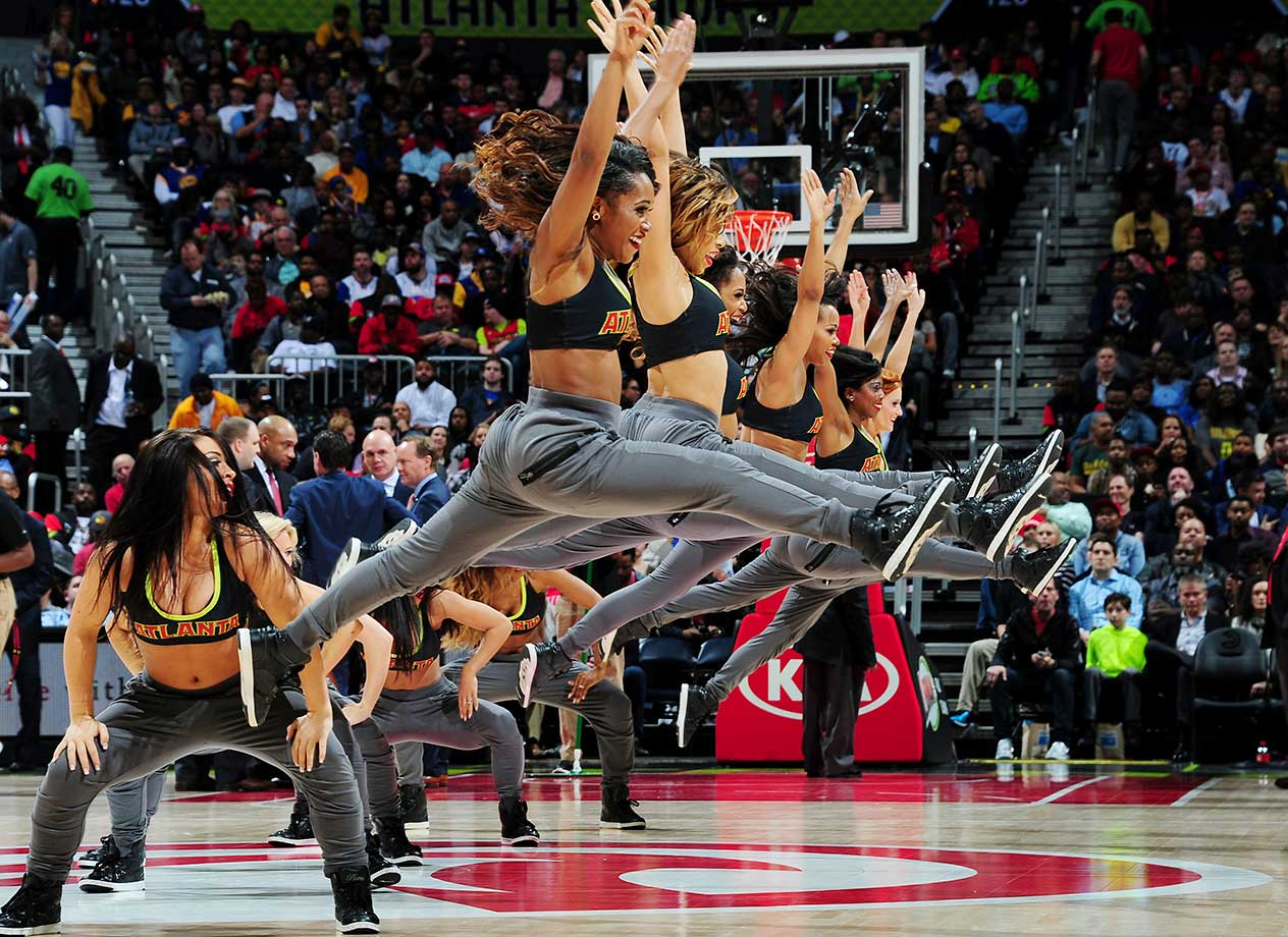 The Atlanta Hawks dance team performs during the game against the Golden State Warriors.