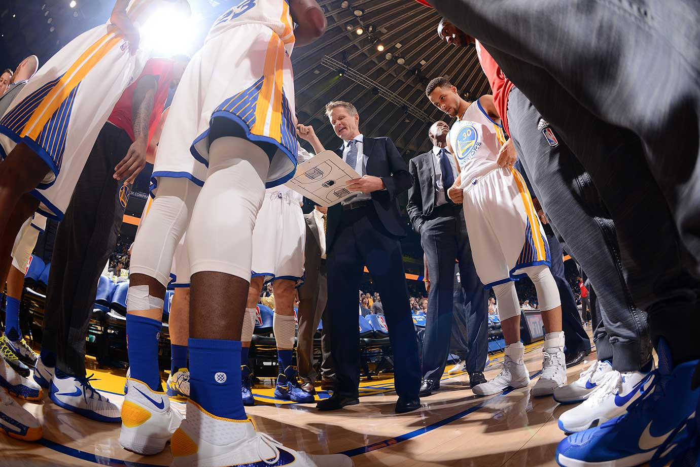Steve Kerr's team won its 38th straight home game at Oracle Arena on the night that he returned, matching the 1985-86 Celtics for third-longest home winning streak all-time. The Warriors are 20-0 at home this season. (Text credit: AP)