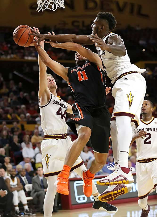 Savon Goodman and Malcolm Duvivier during the Arizona State-Oregon State game.