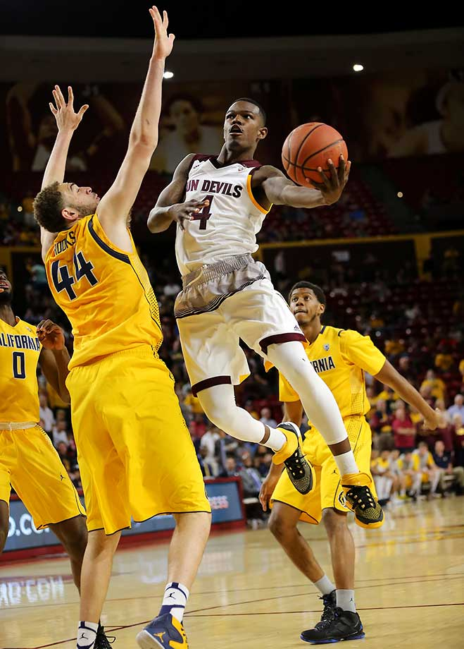Arizona State's Gerry Blakes had an acrobatic layup around Cal's Kameron Rooks for two points.