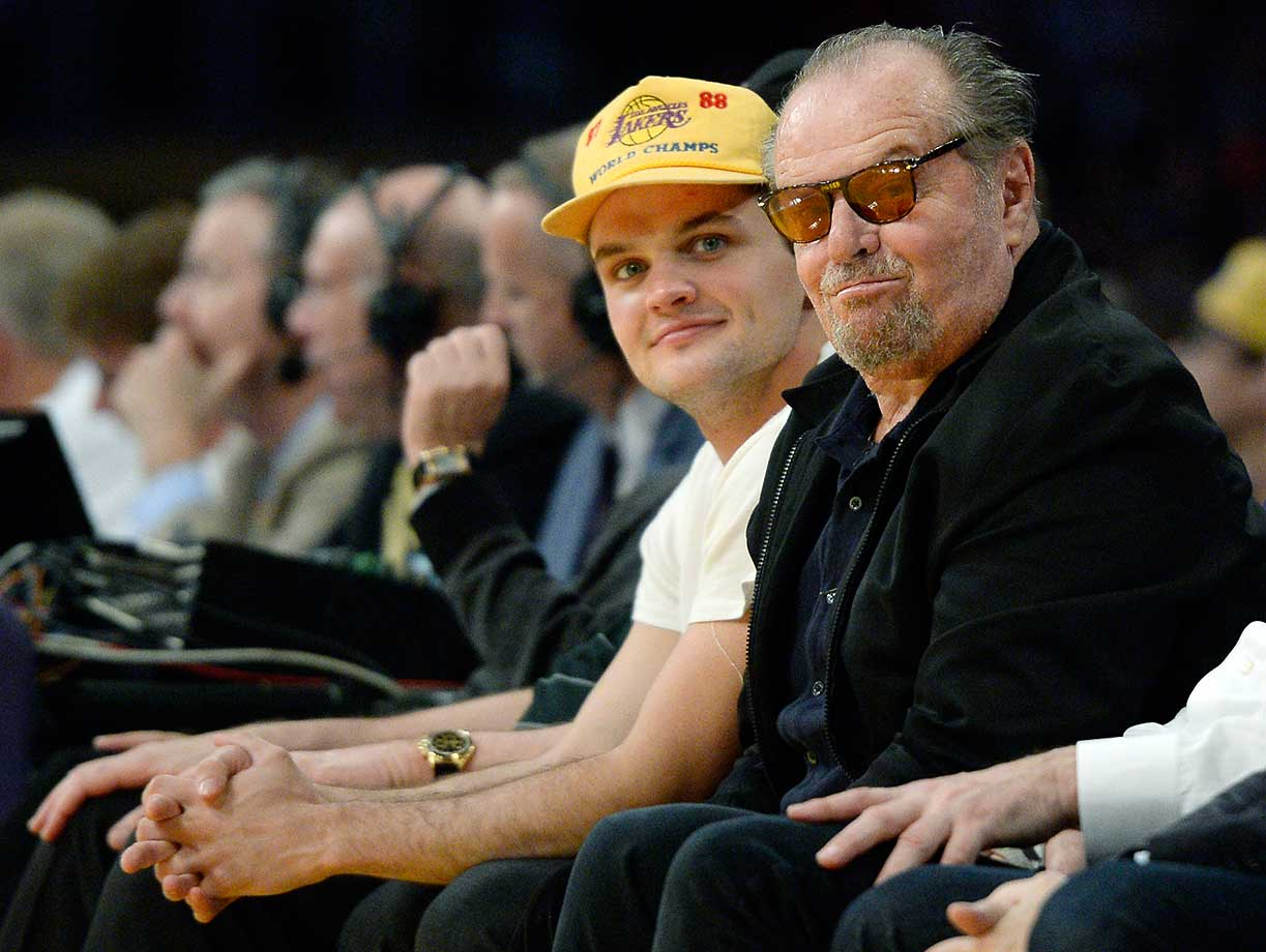Jack Nicholson and son Raymond watch the Lakers end Golden State's seven-game winning streak.