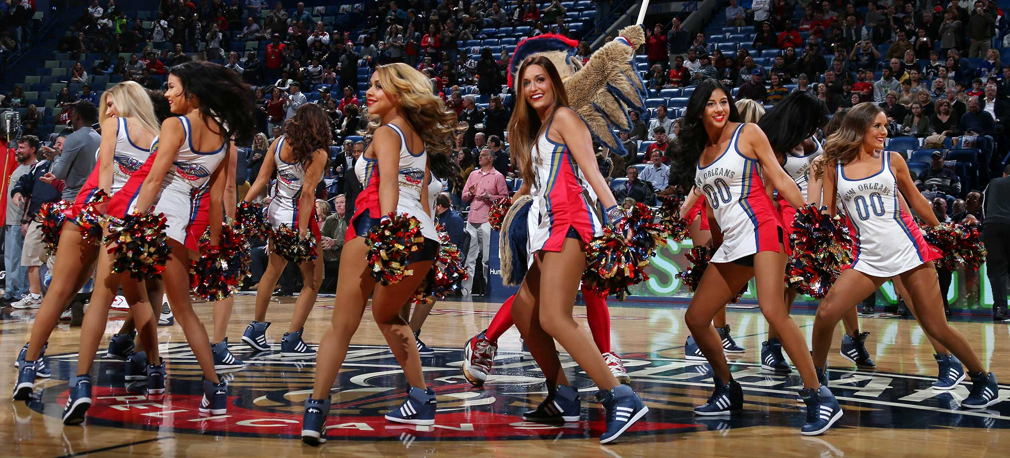 The New Orleans Pelicans dance team before the game against the Utah Jazz.