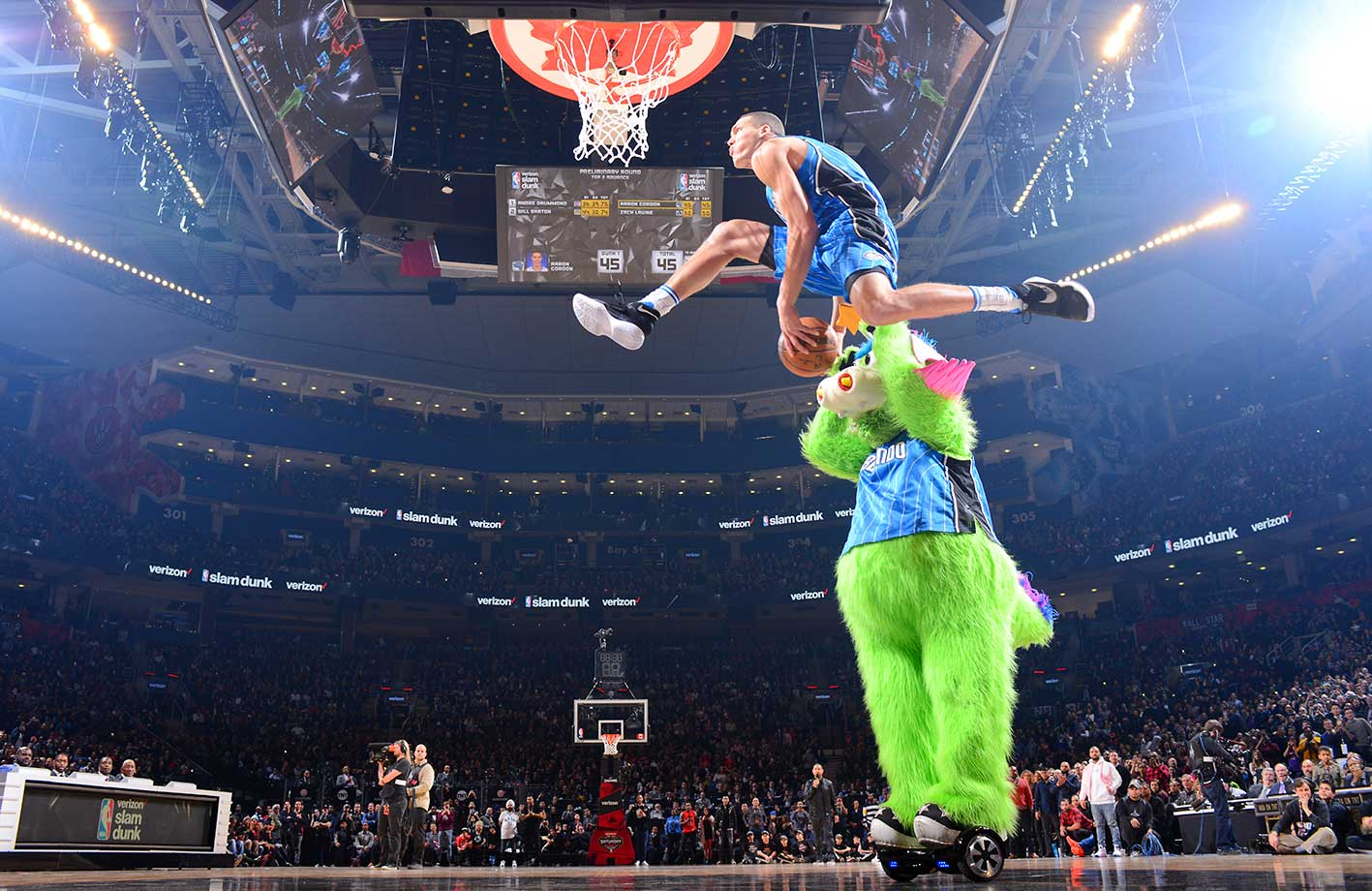 Here are some of the images that caught our eye on the sports night of Feb. 13, starting with Aaron Gordon during the Verizon Slam Dunk Contest.