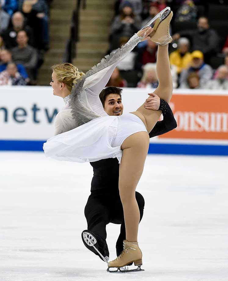 Madison Hubbell and Zachary Donohue compete in the Free Dance at the 2016 Prudential U.S. Figure Skating Championship in St Paul, Minn.