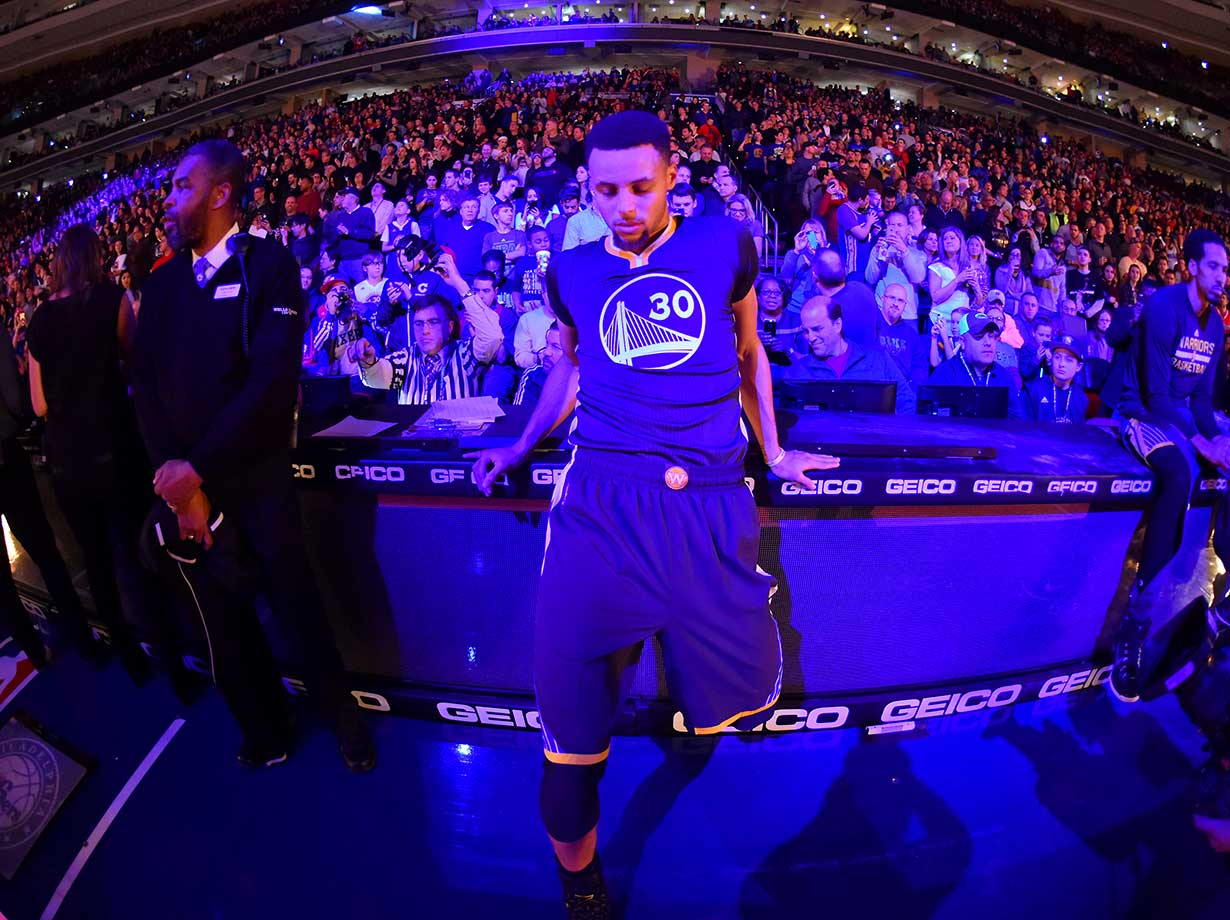 Stephen Curry composes himself prior to the game against the Philadelphia 76ers at Wells Fargo Center in Philadelphia.