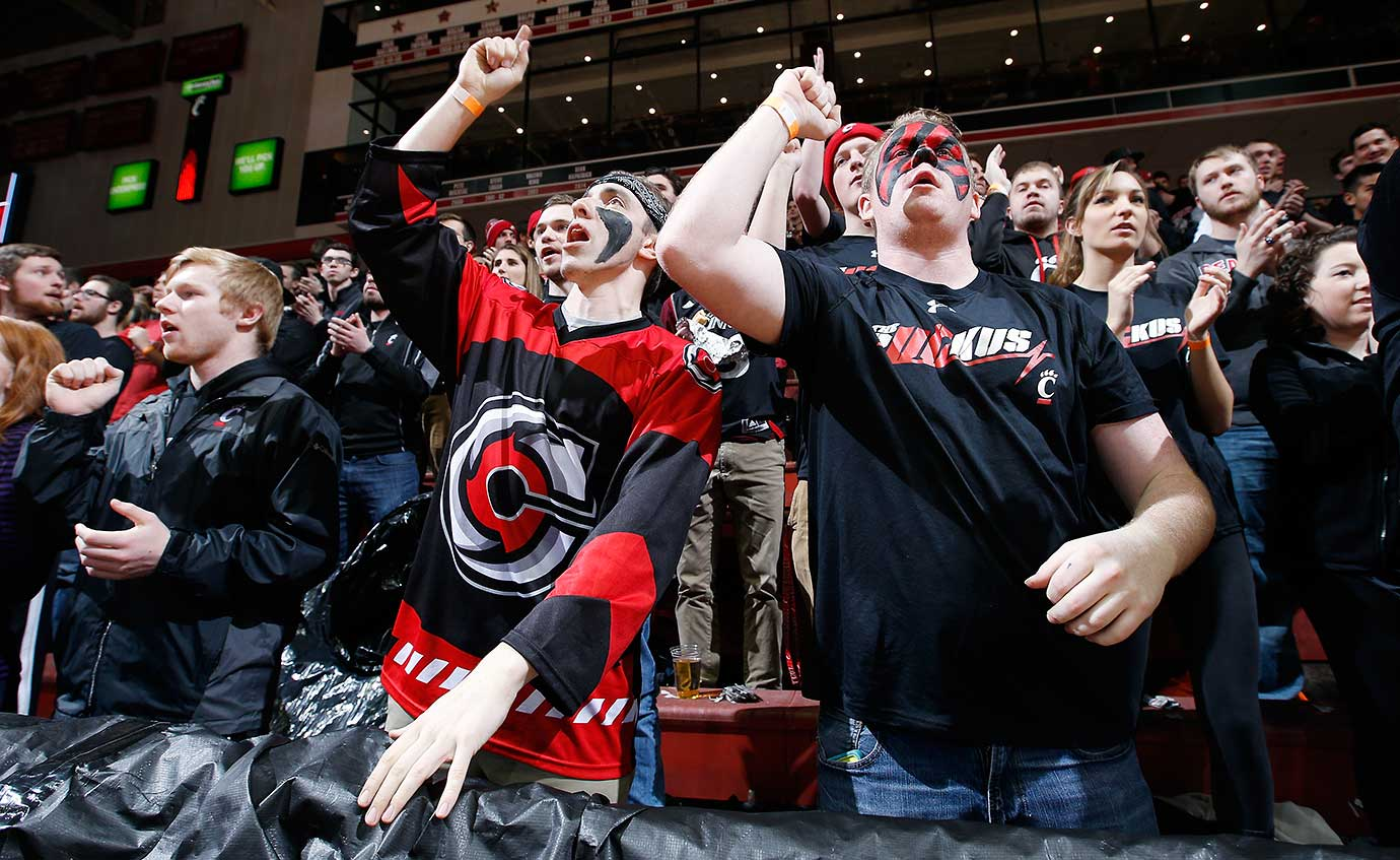 Cincinnati Bearcats fans cheer during their team's 76-72 win over Memphis.