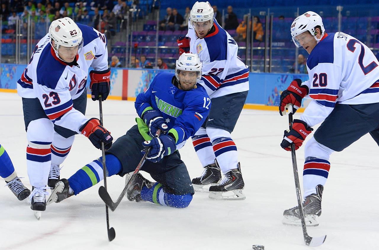 The U.S. won its final game of the group stage with a 5-1 blowout of Slovenia.