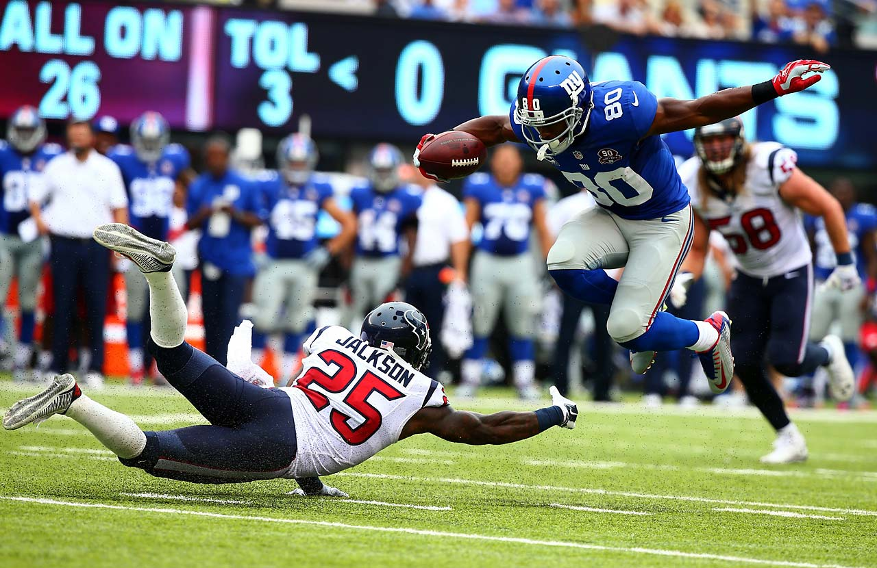 Victor Cruz caught five passes for 107 yards and his first touchdown since Game 4 of last season.