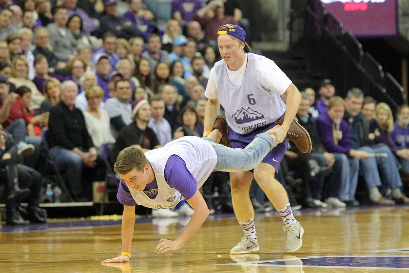Washington fans competed in a timeout contest to win prizes during a game against UCLA.