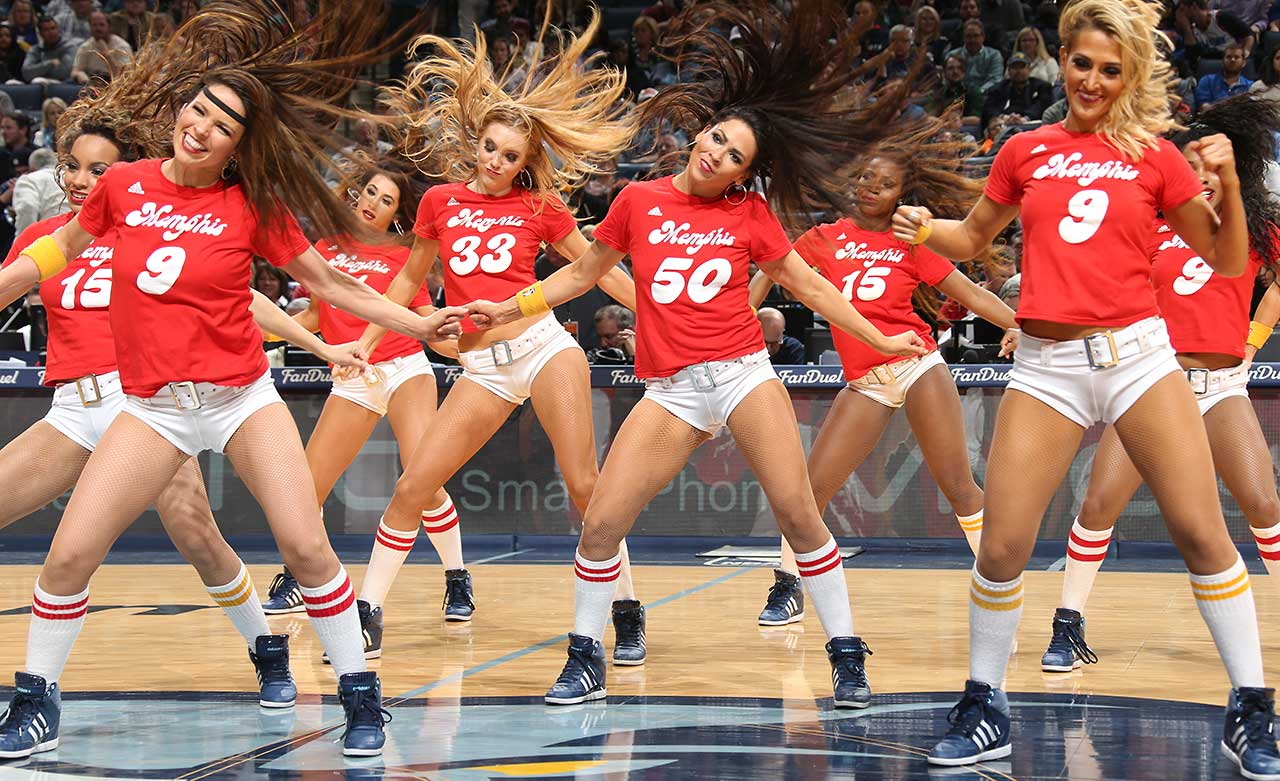 Dancers perform during the game between the New York Knicks and Memphis Grizzlies.