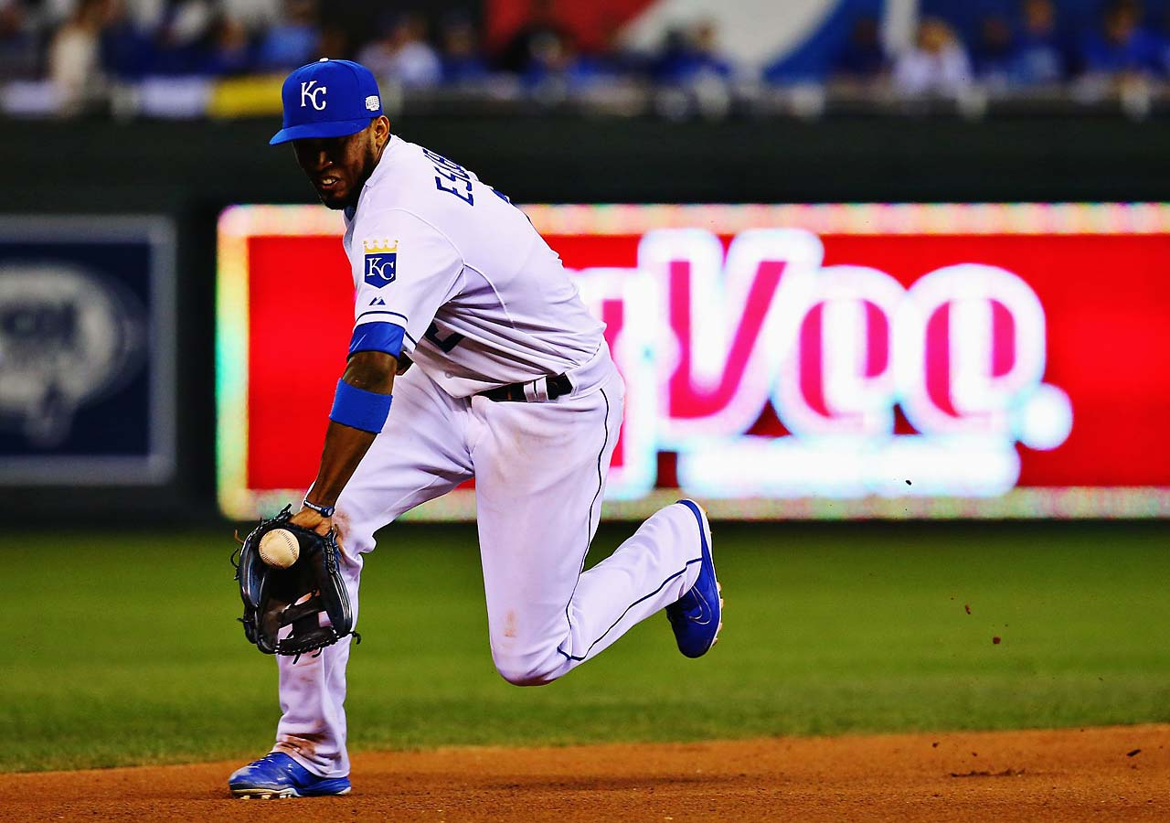 Royals shortstop Alcides Escobar helped Kansas City hold San Francisco to two runs and snap the Giants run of seven consecutive World Series wins.