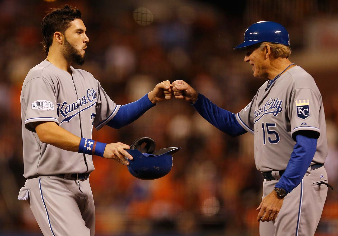 Eric Hosmer (left) celebrated his 25th birthday in style by driving in the winning run in the sixth inning with a single.