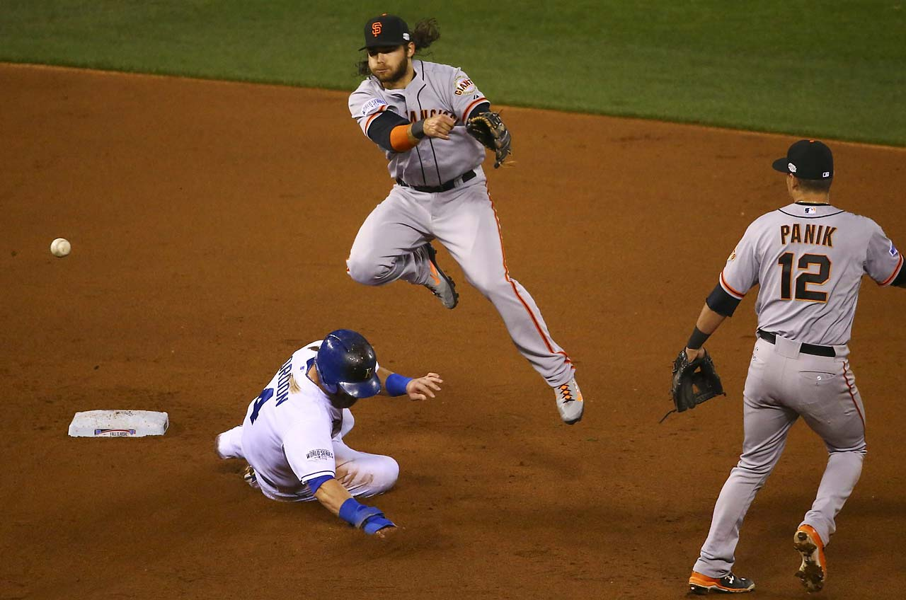 Joe Panik and Brandon Crawford turned two double plays in Game 7.
