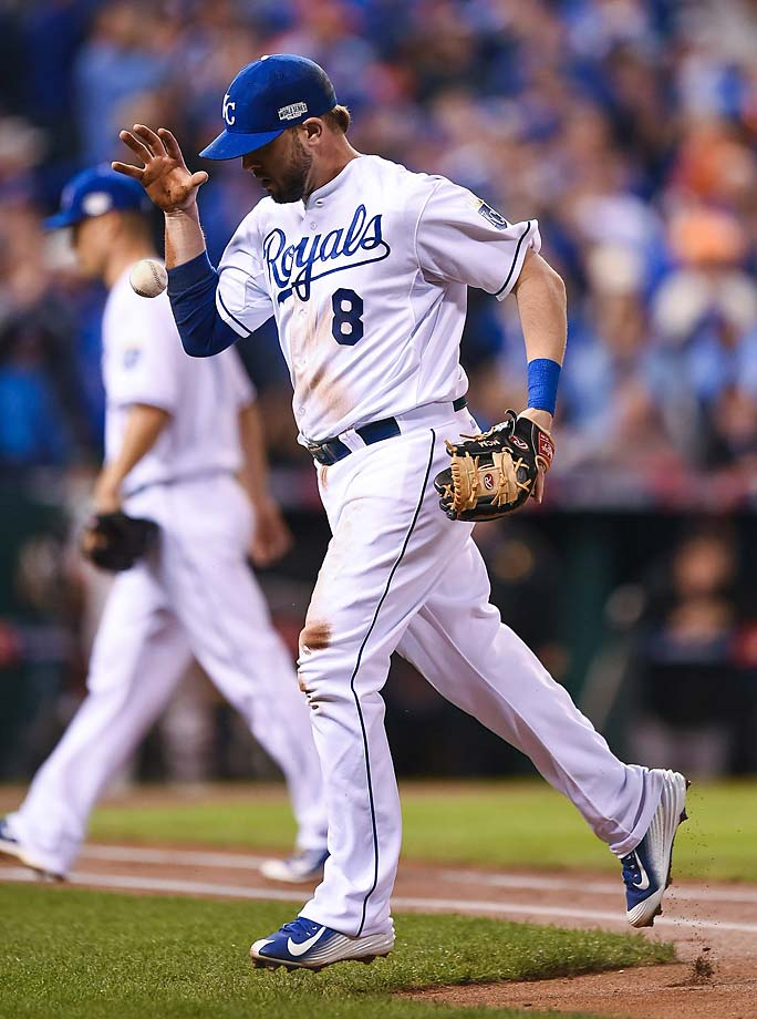Mike Moustakas and the Royals reached the first all-wild card World Series by bouncing back from being two games under .500 in mid-July.
