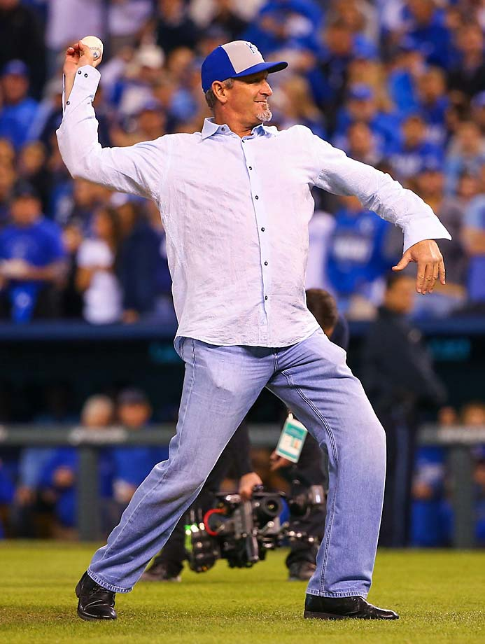 Former Royal Bret Saberhagen threw out the ceremonial first pitch.