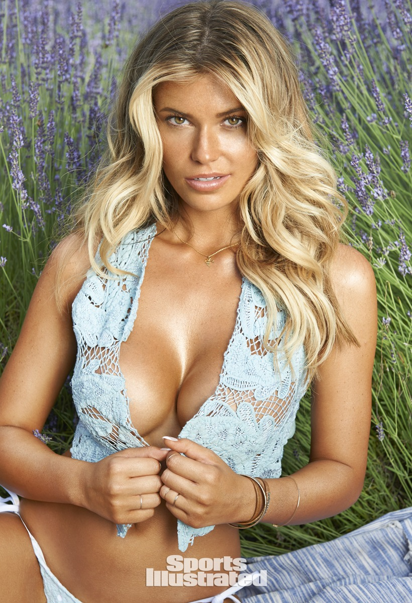 Samantha Hoopes was photographed by Yu Tsai in Oregon.