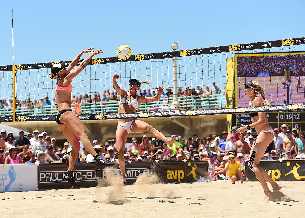 April Ross and Kerri Walsh Jennings will split $13k after their Open victory.